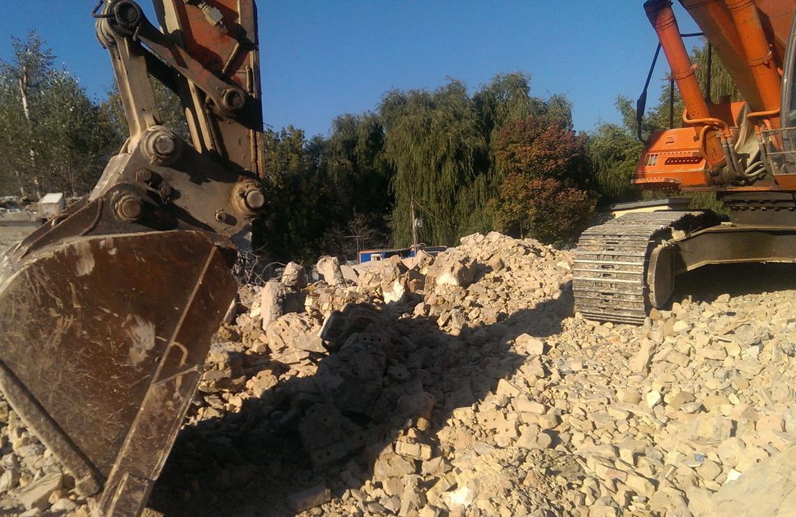 ТОВ «Автогран» - Демонтаж здания бассейна
